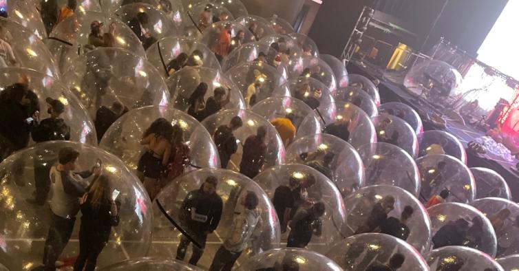 Este ano houve um concerto em que toda a gente estava numa bolha!